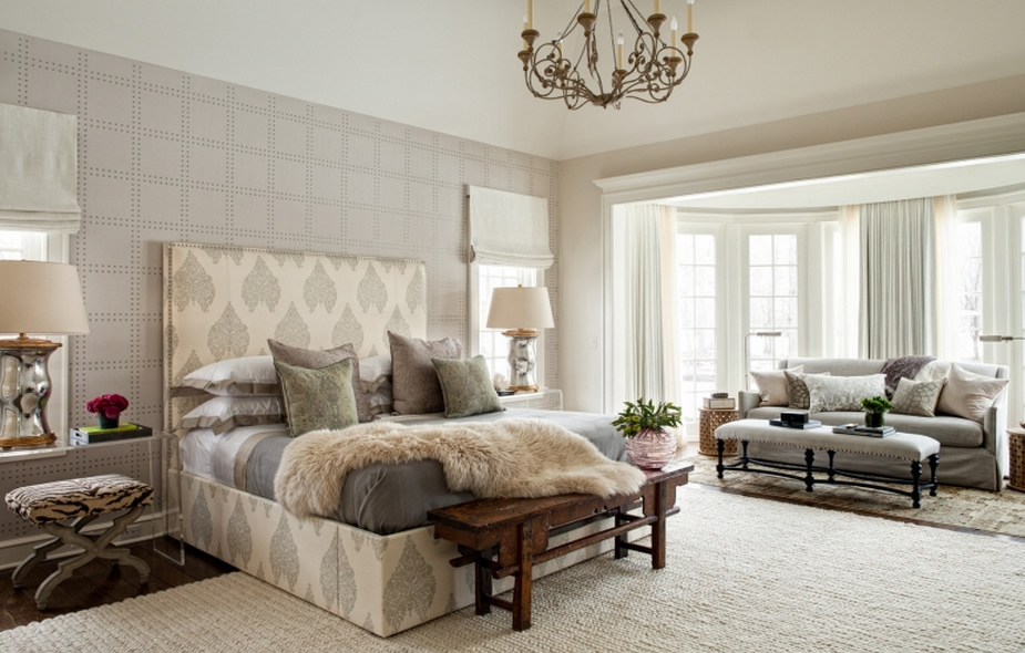 Home Couture Taj bed by Andrea Goldman